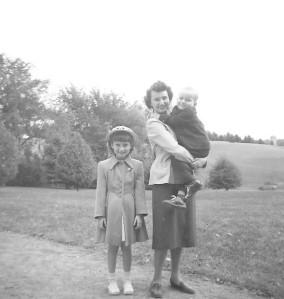 Mary, Lois, Gary 1951